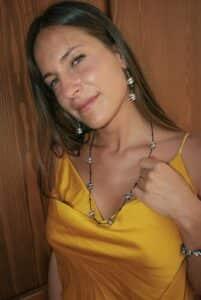 Collana Nora